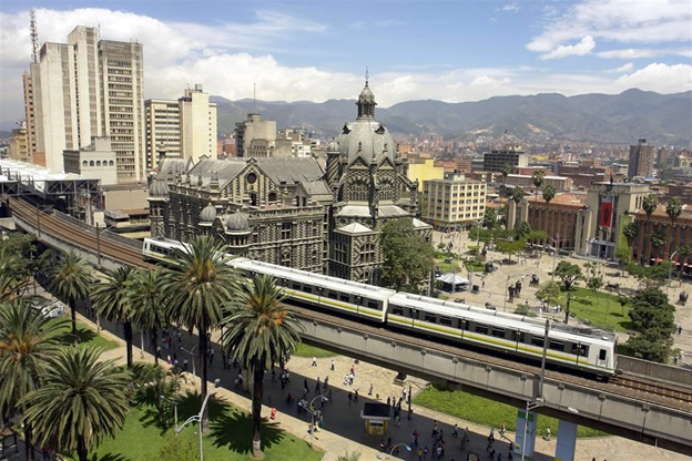 Medellin's former Palacio de la Gobernacion (background), now a museum/ Source: Gabriel Buitrago