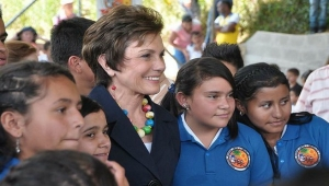 Marina Orth (center) with Students at FMO-Supported School