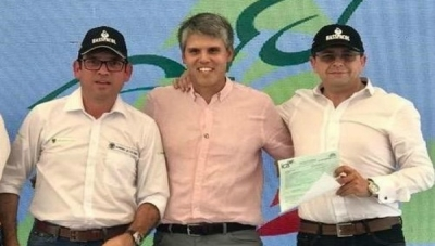 Left to right: Guillermo Zuluaga, Colombia Secretary of Agriculture; Ricardo Uribe, CEO, Cartama; Jose Luis Gonzalez, Commercial Director, Hasspacol
