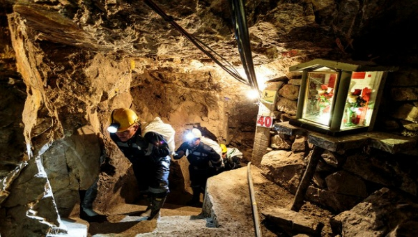 Gold Mining in Antioquia Faces Challenges & Opportunities