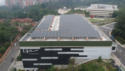 ISA Headquarters with Solar-Power Roof in Medellin