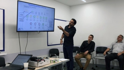 Eletech SA Operations Director Victor Meir Avraham Training SURA Drivers in Medellin