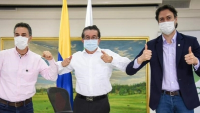 Left to Right: Antioquia Gov. Anibal Gaviria; Colombia Health Minister Fernando Ruiz; Medellin Mayor Daniel Quintero